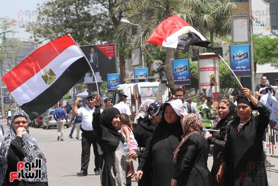 احتفالات المواطنين بذكرى تحرير سيناء (6)