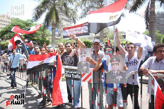 احتفالات المواطنين بذكرى تحرير سيناء (7)