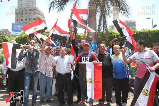 احتفالات المواطنين بذكرى تحرير سيناء (8)