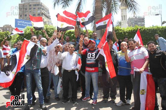 احتفالات المواطنين بذكرى تحرير سيناء (9)