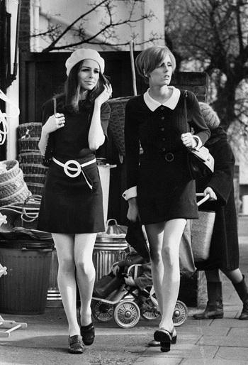 69f204dc5 10 صور عن الموضة عام 1960 تجعلك تتمنى لو عشت فى هذا التاريخ - اليوم ...