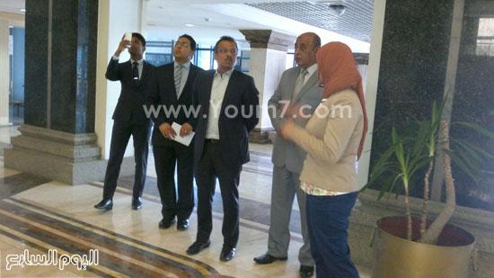 سفير سنغافوره فى زيارة لميناء الإسكندرية (3)
