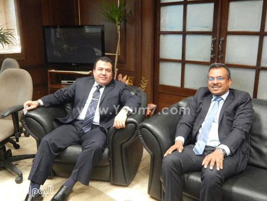 سفير سنغافوره فى زيارة لميناء الإسكندرية (4)