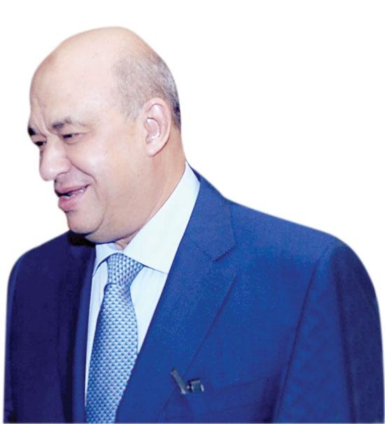 محمد صلاح العزب (1)