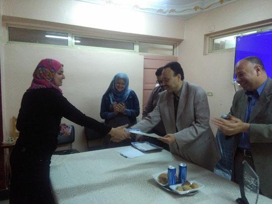 حفل توزيع شهادات اجتياز الدورة التدريبية بصحة بنى سويف (2)