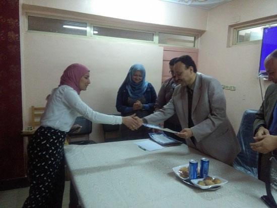 حفل توزيع شهادات اجتياز الدورة التدريبية بصحة بنى سويف (3)