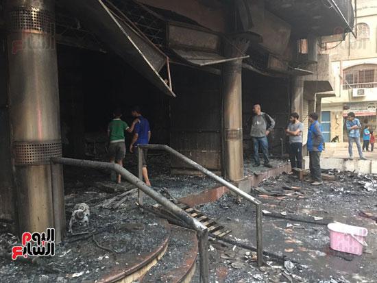 حريق معرض السيارات فيصل الهرم معرض سيارات مطافى (5)