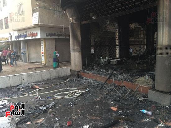 حريق معرض السيارات فيصل الهرم معرض سيارات مطافى (9)