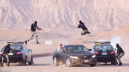 تدريبات-القوات-الخاصة-السعودية-(1)
