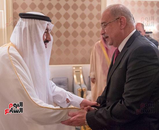 احمد-الطيب-الملك-سلمان-عبد-العزيز-شريف-اسماعيل-الازهر-مجلس-الوزراء-السعودية-(2)
