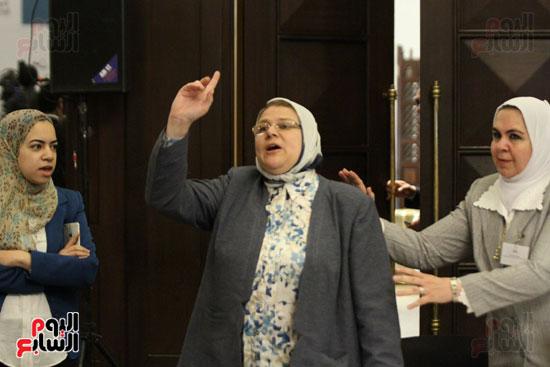 وزير البيئة ، النائبة شيرين فراج ، مشادة كلامية ، الدكتورة عبلة عبد اللطيف ، مستشارة الرئيس (6)