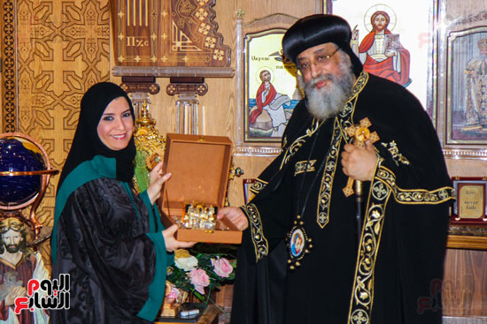 اخبار مصر اليوم  امل القبيسى البابا تواضروس رئيسة المجلس الوطنى الاتحادى بالامارات الكاتدرئية المرقسية (11)