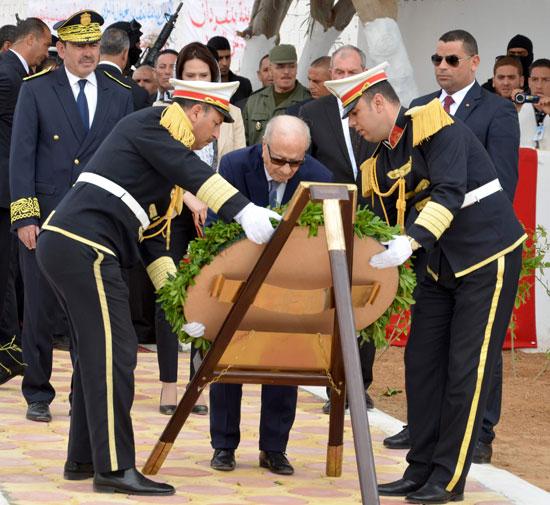 الرئيس التونسى يزور بن قردان بعد شهر على هجمات إرهابية دامية (6)