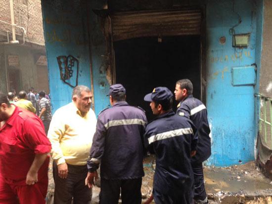 حريق بورشة سيارات بشبرا الخيمة (1)