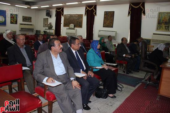 اجتماع وكيلة وزارة التربية والتعليم (3)