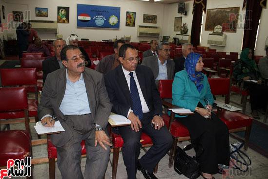 اجتماع وكيلة وزارة التربية والتعليم (4)