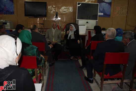 اجتماع وكيلة وزارة التربية والتعليم (6)