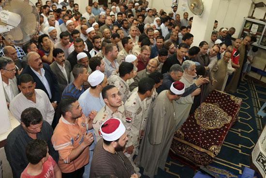 تشييع جنازة شهيد تفجيرات سيناء فى المنوفية (3)