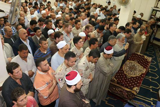 تشييع جنازة شهيد تفجيرات سيناء فى المنوفية (4)