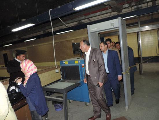 اللواء محمد يوسف مساعد وزير الداخلية لشرطة النقل والمواصلات (2)