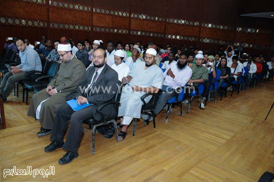 حضور مكثف من المهتمين بدراسة الفكر الداعشى بالندوة  -اليوم السابع -5 -2015
