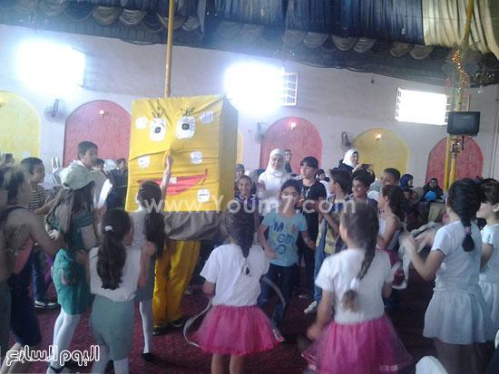 الأطفال السوريون خلال الحفل -اليوم السابع -5 -2015