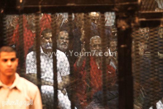 مرشد الإخوان وسط حراسة أمنية  -اليوم السابع -5 -2015