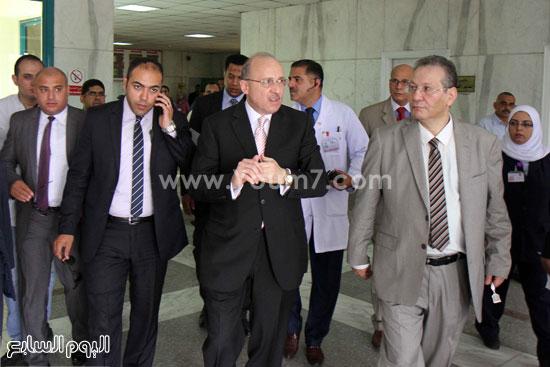 8587bda65 بالفيديو والصور.. وزير الصحة يفتتح أعمال تطوير مركز أورام دار السلام ...
