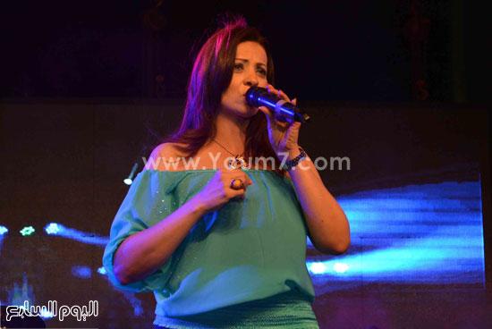 الفنانة مونيا اشتهرت بدور الزوجة الرابعة فى مسلسل الحاج متولى  -اليوم السابع -5 -2015