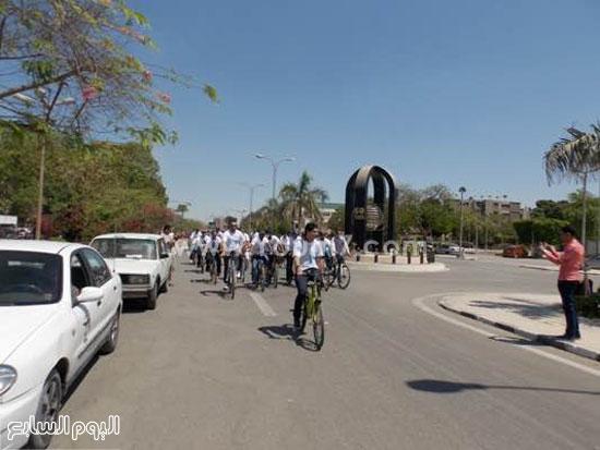 فريق دراجو أسيوط يدعم مرضى السرطان  -اليوم السابع -5 -2015