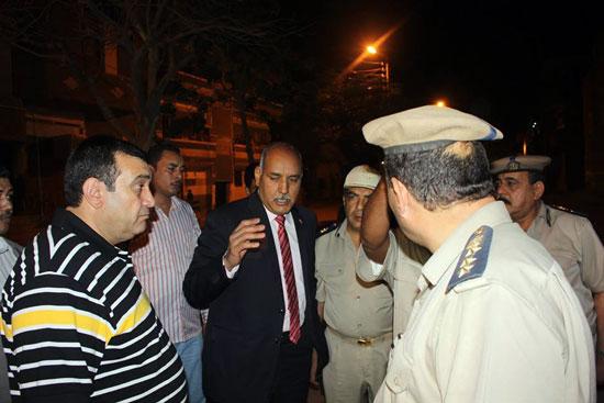 مدير الأمن يتفقد الحالة الأمنية بدائرة قسم ثان أسوان (3)