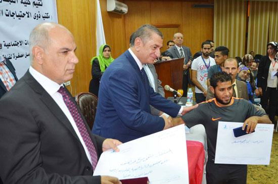 جامعة كفر الشيخ تشهد مؤتمر الحلم لذوى الاحتياجات الخاصة (7)