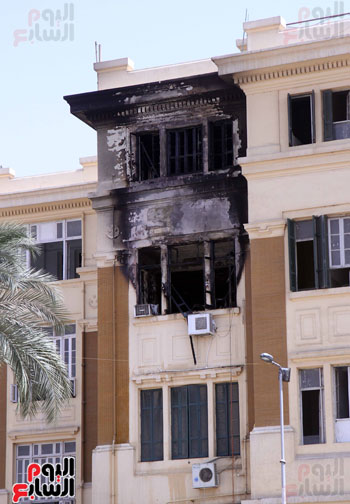حريق مبنى محافظة القاهرة (1)