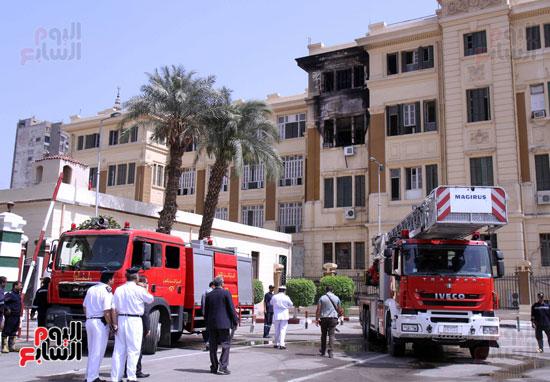 حريق مبنى محافظة القاهرة (2)