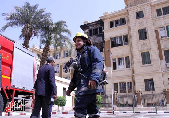 حريق مبنى محافظة القاهرة (3)