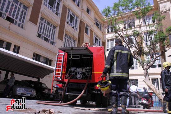 حريق مبنى محافظة القاهرة (4)