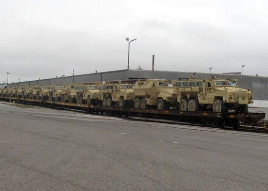 شحنة مركبات مدرعة مضادة للألغام (1)