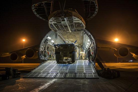 طائرة C-5 Galaxy (9)