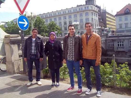 فريق طلاب هندسة القاهرة (2)