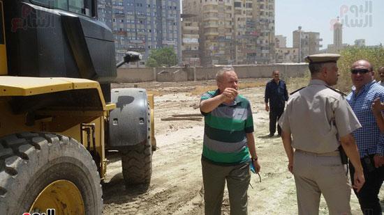مدير أمن الغربية يتفقد اثار حريق مستشفى المبرة  (2)