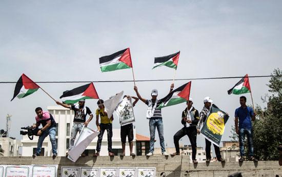 الفلسطينيون يحيون الذكرى الـ68 للنكبه (5)