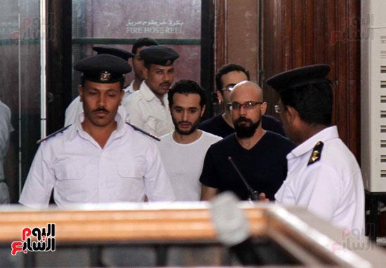 محاكمة أحمد دومة ومحمد عادل (1)