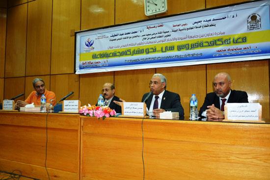 مبادرة-إنقاذ-مرضى-صعيد-مصر-بجامعة-أسيوط-(5)