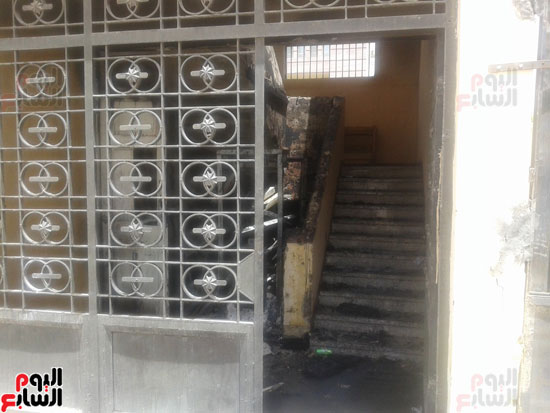 اشتعال حريق بمخزن مدرسة شهيد رياض بكفر الشيخ (4)