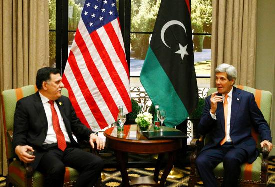 كيرى يلتقى رئيس الوزراء الليبى فى فيينا (2)