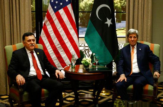 كيرى يلتقى رئيس الوزراء الليبى فى فيينا (4)