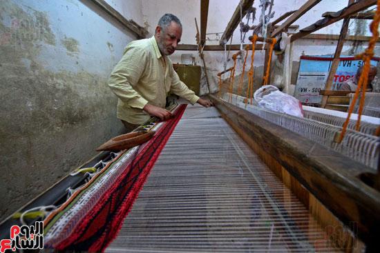 صناعة-السجاد-اليدوى-(7)