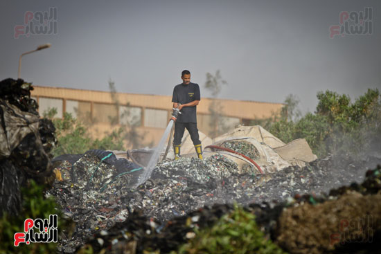 حريق مخزن بلاستيك (11)