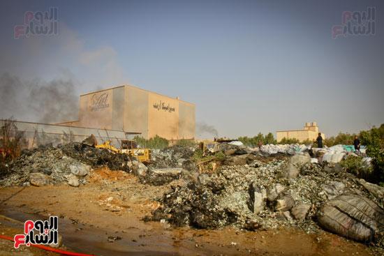 حريق مخزن بلاستيك (12)