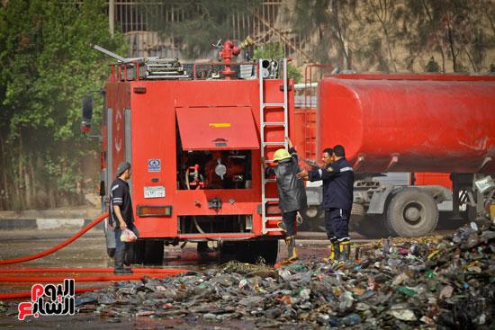 حريق مخزن بلاستيك (20)